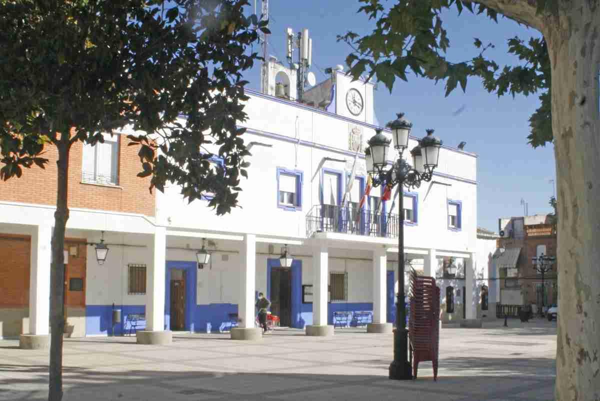 ayuntamiento aldea del rey medidas dia de todos los santos