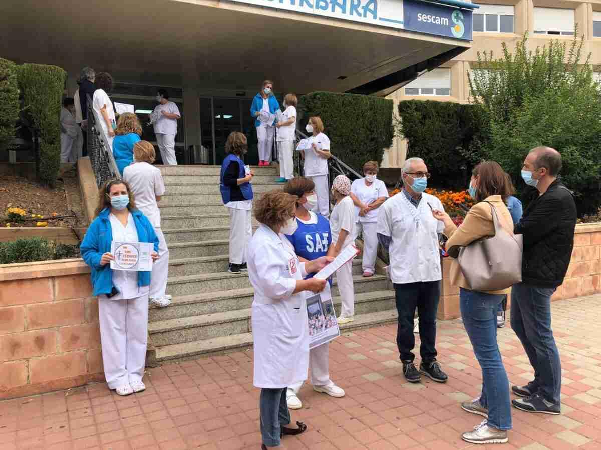 Concentraciones sindicales en hospitales y centros de salud de CLM por el reclamo de más inversión, más profesionales y medios para Sanidad Pública 1
