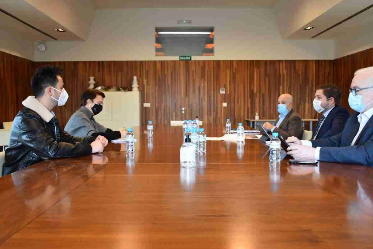 El Gobierno regional renovará la CM-3102 entre Socuéllamos y el límite provincial de Cuenca 1