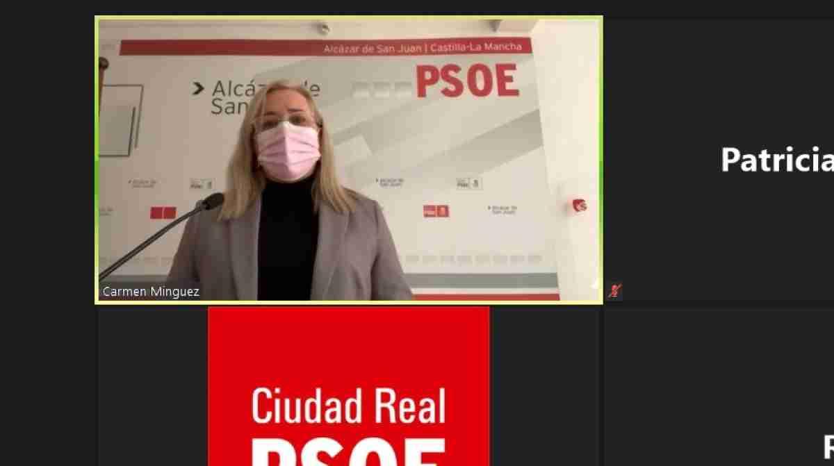 """Carmen Mínguez, senadora socialista, ha afirmado que el Gobierno español trabaja para no dejar a nadie atrás en esta crisis sanitaria y económica, adaptando las ayudas económicas a trabajadores, autónomos y empresas, a las medidas que se toman para controlar el COVID-19. Carmen Mínguez evolución de la pandemia ha requerido medidas inmediatas Indica Carmen Mínguez, que a rápida evolución de la pandemia,  ha requerido de una rápida adopción de medidas """"inmediatas y eficaces"""", por parte del Ejecutivo de Pedro Sánchez, para hacer frente a la emergencia sanitaria. Por todos son conocidas las acciones dirigidas a proteger la salud y la seguridad de los ciudadanos, pero a la vez, se han ido poniendo en marcha otras de carácter económico y social """"para garantizar la protección de las familias, de los trabajadores y de los colectivos vulnerables, para sostener el tejido productivo y social, minimizar el impacto y facilitar la reactivación de la actividad económica"""", explica la parlamentaria socialista. En Ciudad Real a través de SEPE se pagaron más de 15 millones de euros en nómina Carmen Mínguez, además  destaca cómo hace escasos días, en la provincia de Ciudad Real a través del Servicio Público de Empleo Estatal (SEPE), se han pagado más de 15 millones de euros de nómina, a más de 30.000 personas. Concretamente 3.900 ciudadrealeños y ciudadrealeñas han sido perceptores de ERTES, por valor de casi 3 millones de euros. Hay que recordar, indica Mínguez, que en el mes de mayo había más de 22.000 personas acogidas a un ERTE. Sin duda, la """"sensibilidad"""" del Gobierno de España con las empresas y autónomos, se traduce además en el subsidio especial para los parados que han agotado todas las prestaciones de desempleo durante los meses de confinamiento. La cuantía de la ayuda será el 80% del IPREM, durante 3 meses, y es resultado del proceso de diálogo social, entre el Ministerio de Trabajo y Economía Social, las organizaciones sindicales y las asociaciones empresariales más represe"""