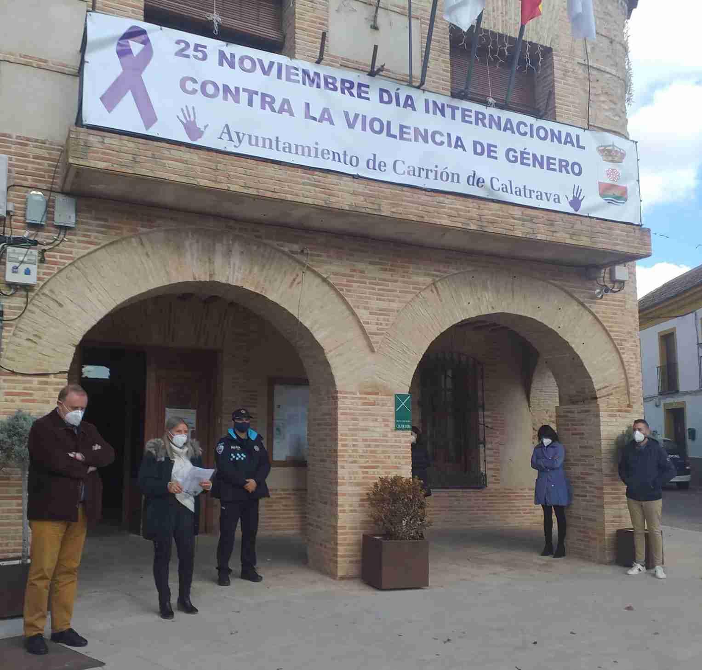 Carrión de Calatrava condena la violencia machista 3