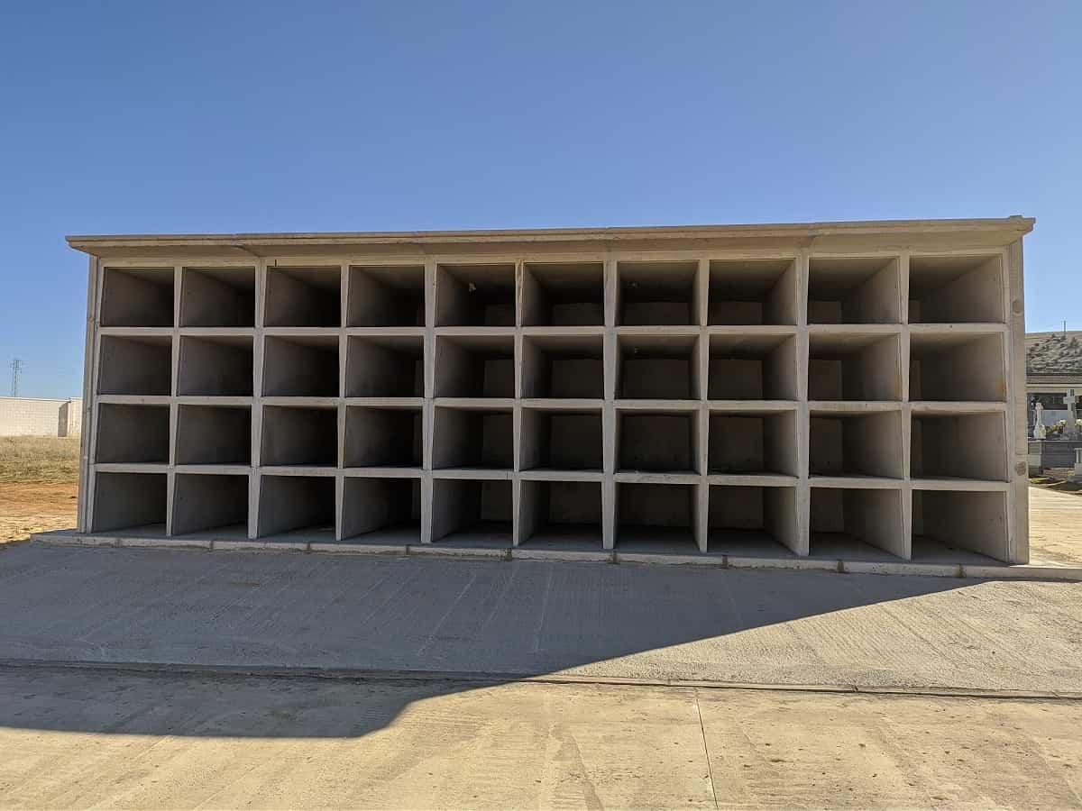El Ayuntamiento de Santa Cruz de Mudela amplía su cementerio con la construcción de 40 nuevos nichos 3