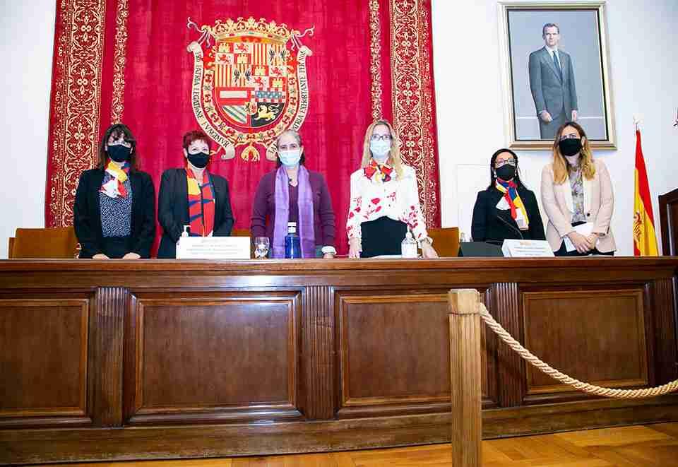 Mujeres Avenir visibiliza los avances en los marcos legislativos y judiciales de España y Francia - Diario de Castilla-la Mancha