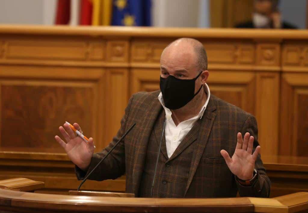 """Ruiz (Cs): """"La Junta se ha lavado las manos y ha dejado a los colegios y a las familias un marrón de tres pares de narices"""" 1"""