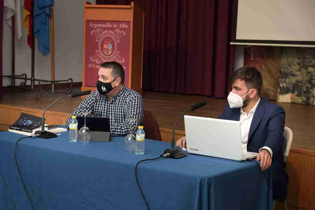 Miguel Zorita presentó su libro 'Secretos del Siglo de Oro' en Argamasilla de Alba 5