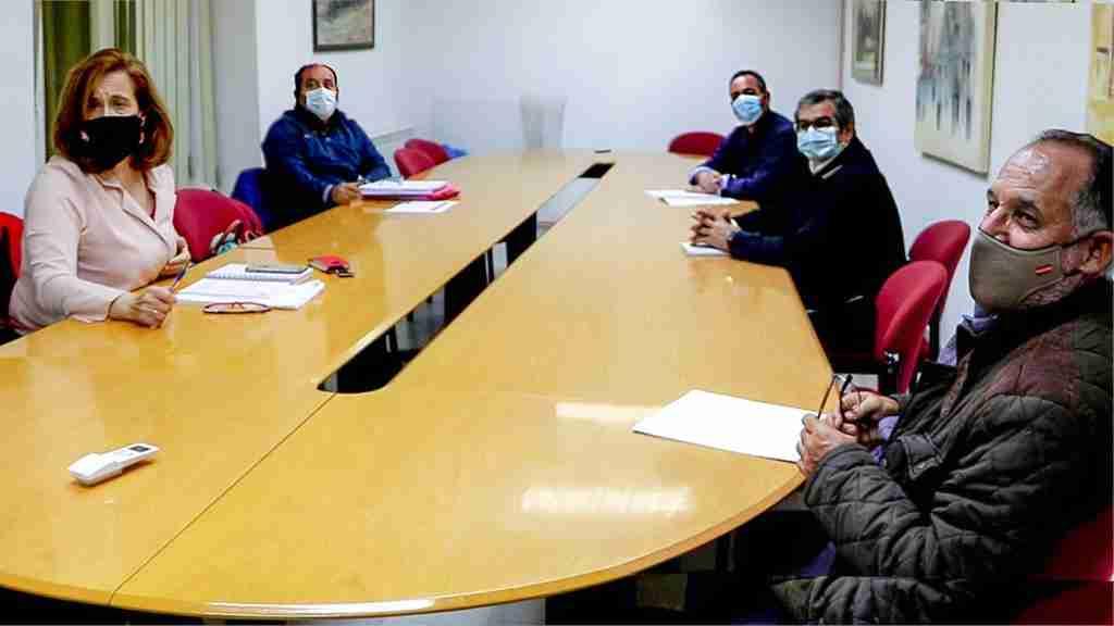 La alcaldesa brindó su complicidad a representantes de STR en la lucha común por el futuro de la comarca 1