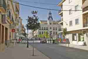 Celebración del Día de la Constitución en Calzada de Calatrava, izada de la bandera de España 1