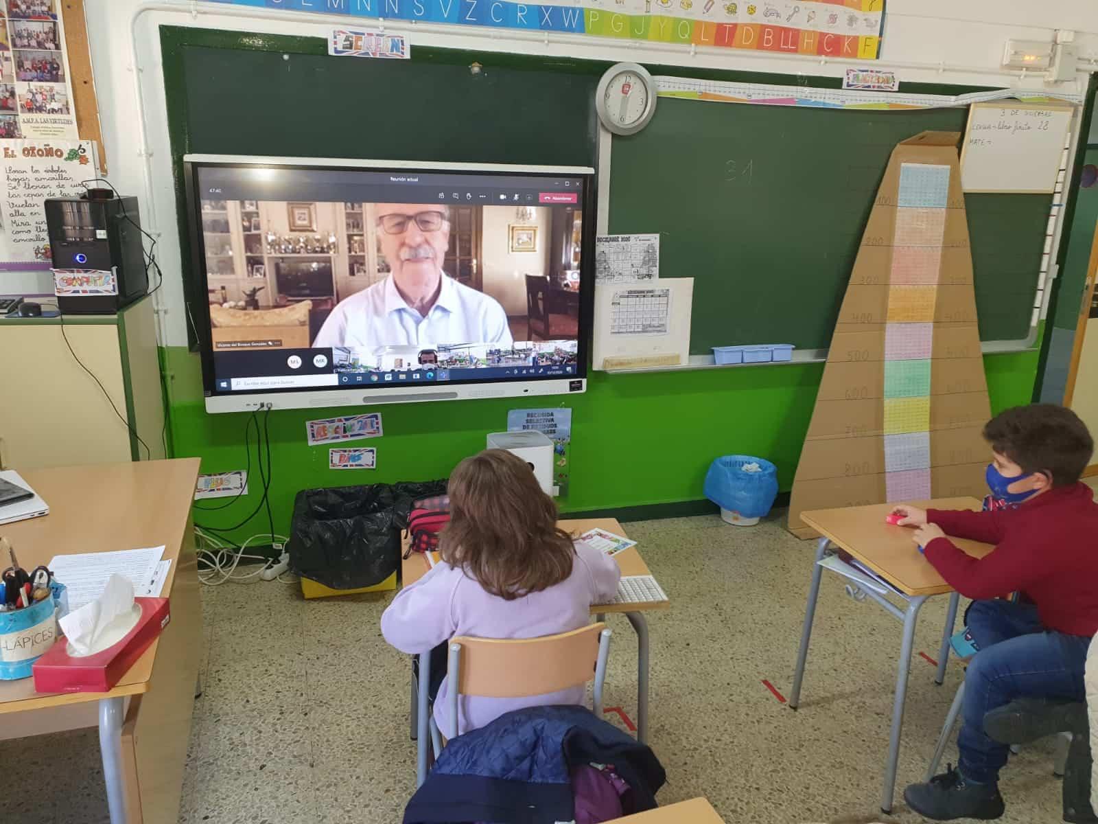 Vicente del Bosque colabora con el CEIP Cervantes de Santa Cruz de Mudela en el día de la discapacidad 3