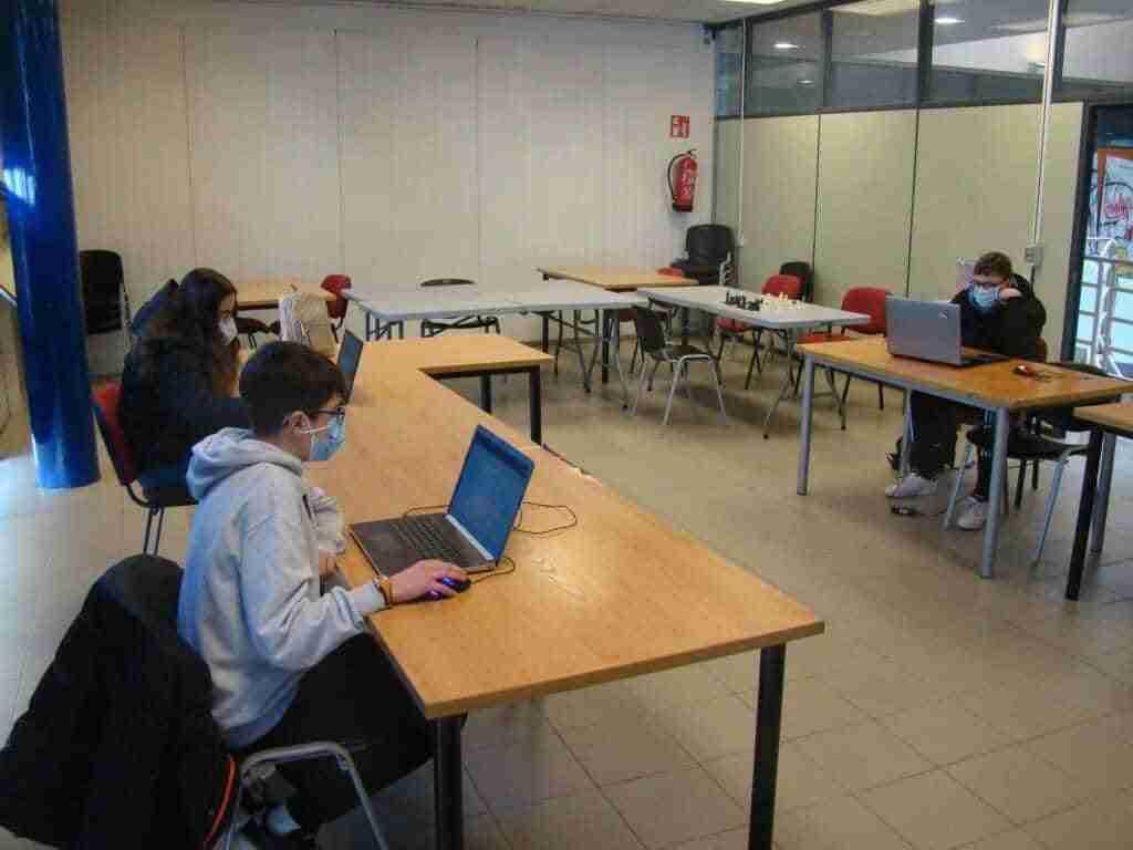 Campeonato Mundial Online de Ajedrez en la Escuela Expo Dubai 2020-21, participan IES Alonso Quijano y la Escuela de Ajedrez de Quintanar 3