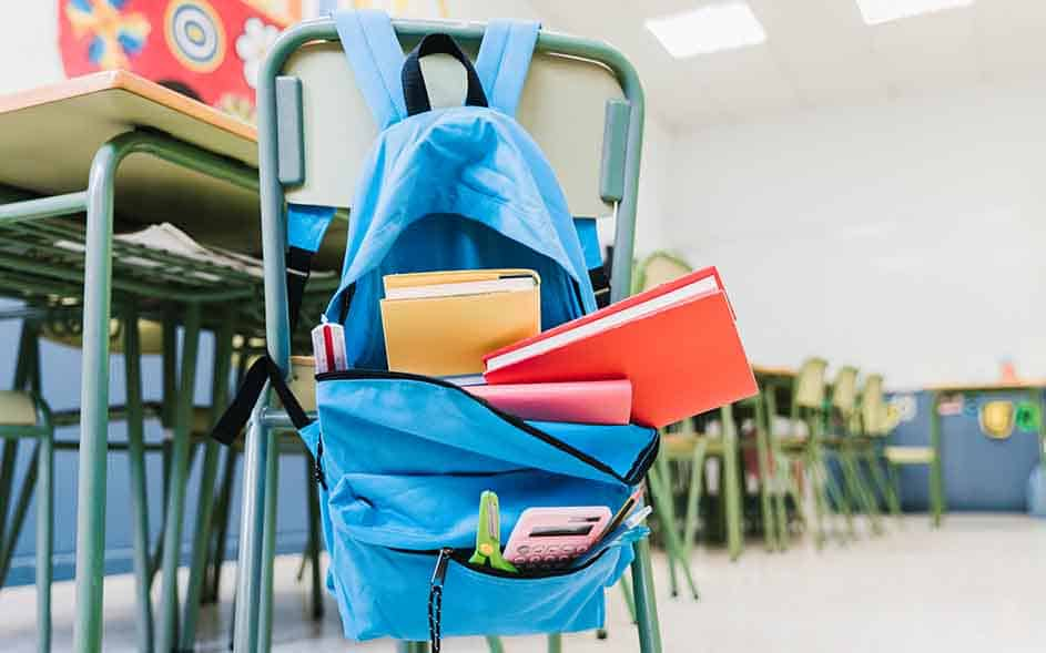 ANPE anima a las familias a matricular a sus hijos e hijas en centros públicos 1