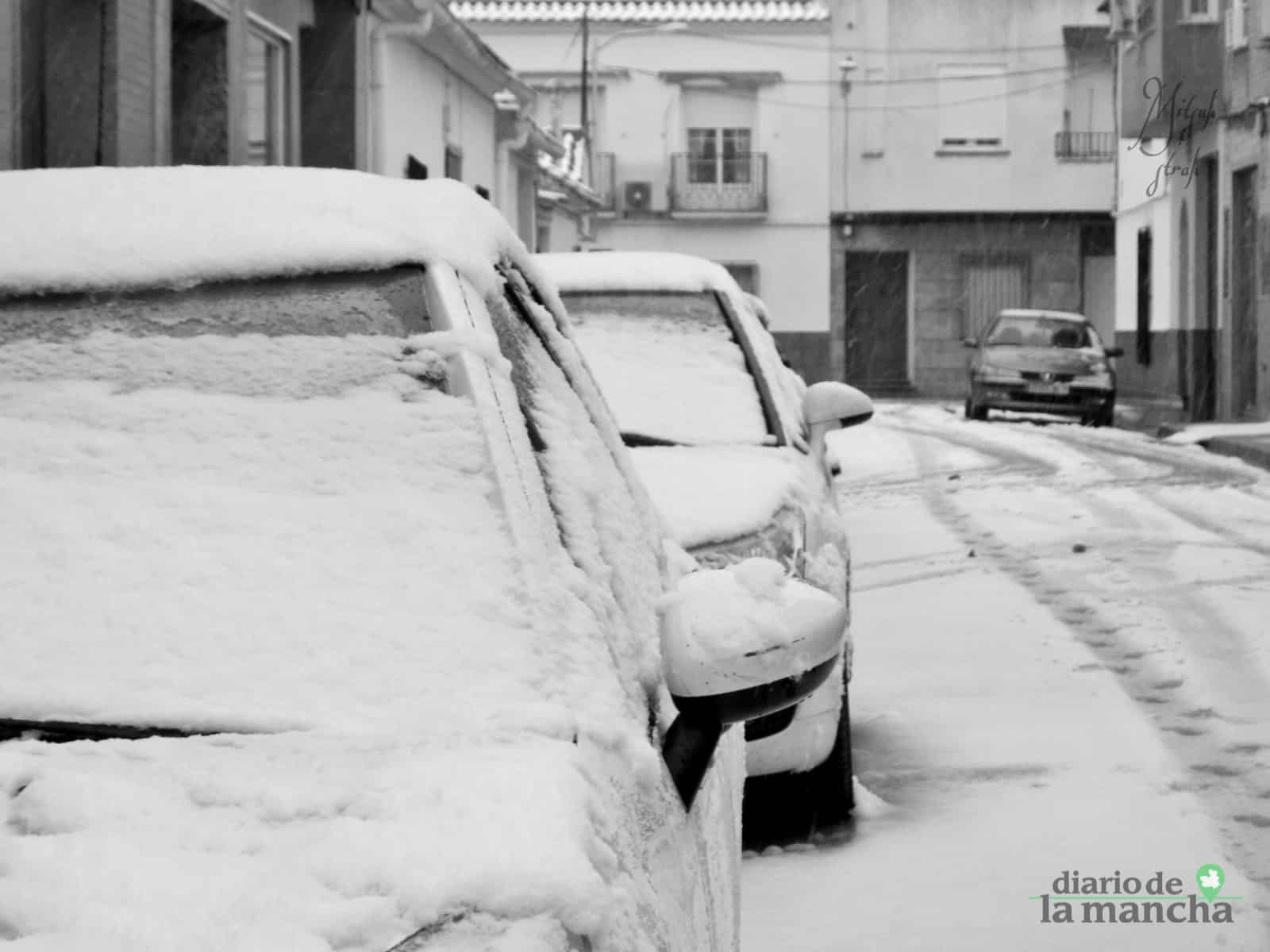 Fotografías de la primera nevada de 2021 en Tomelloso 38