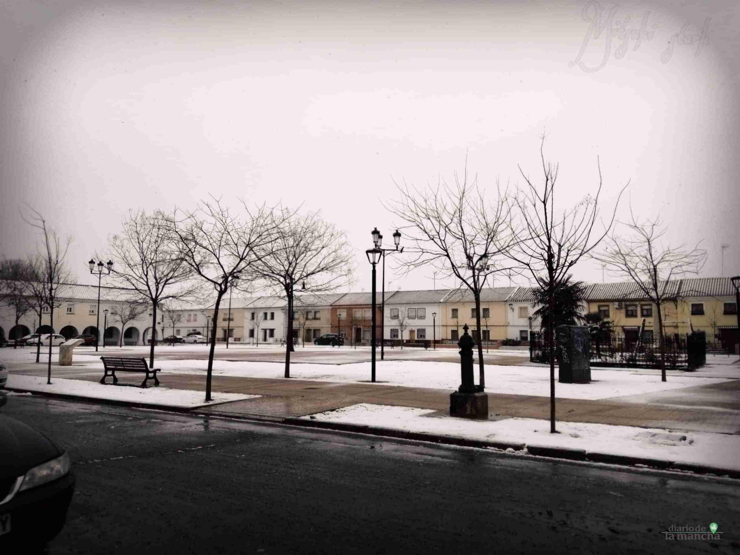 Fotografías de la primera nevada de 2021 en Tomelloso 42