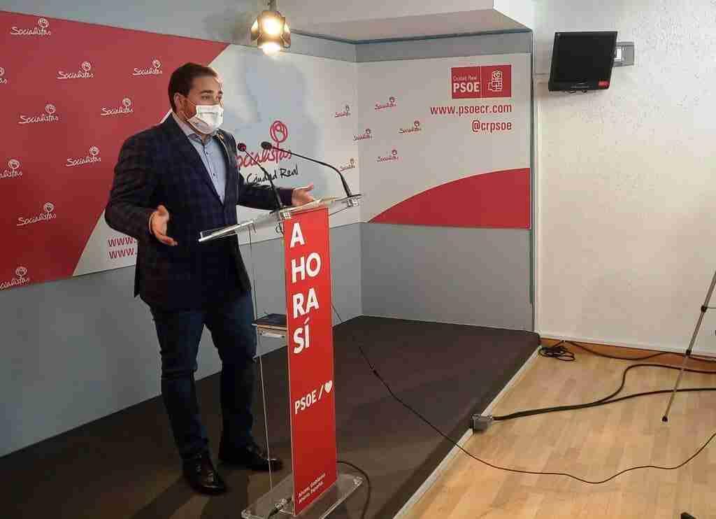 """PSOE: """"Mientras el PP crea polémica, la sociedad, el personal sanitario y el Gobierno regional aúnan fuerzas para continuar luchando contra la pandemia"""" 1"""
