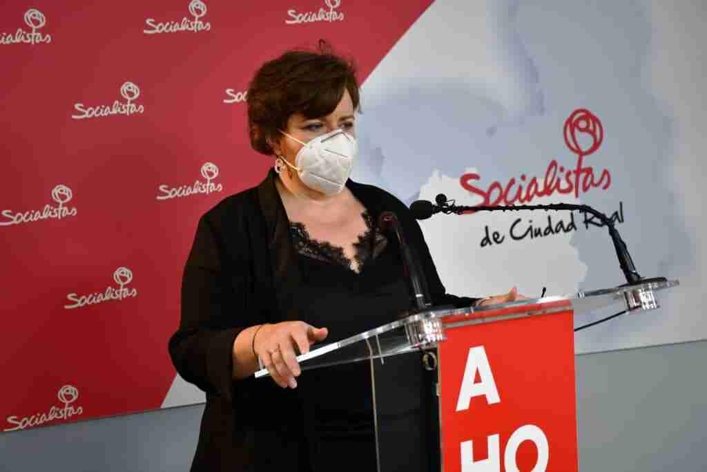 """Marta Chacón: """"Cada vez que el señor Valverde tiene un problema la culpa es de otra administración, de seguir así, dentro de poco no necesitaremos alcalde"""" 1"""