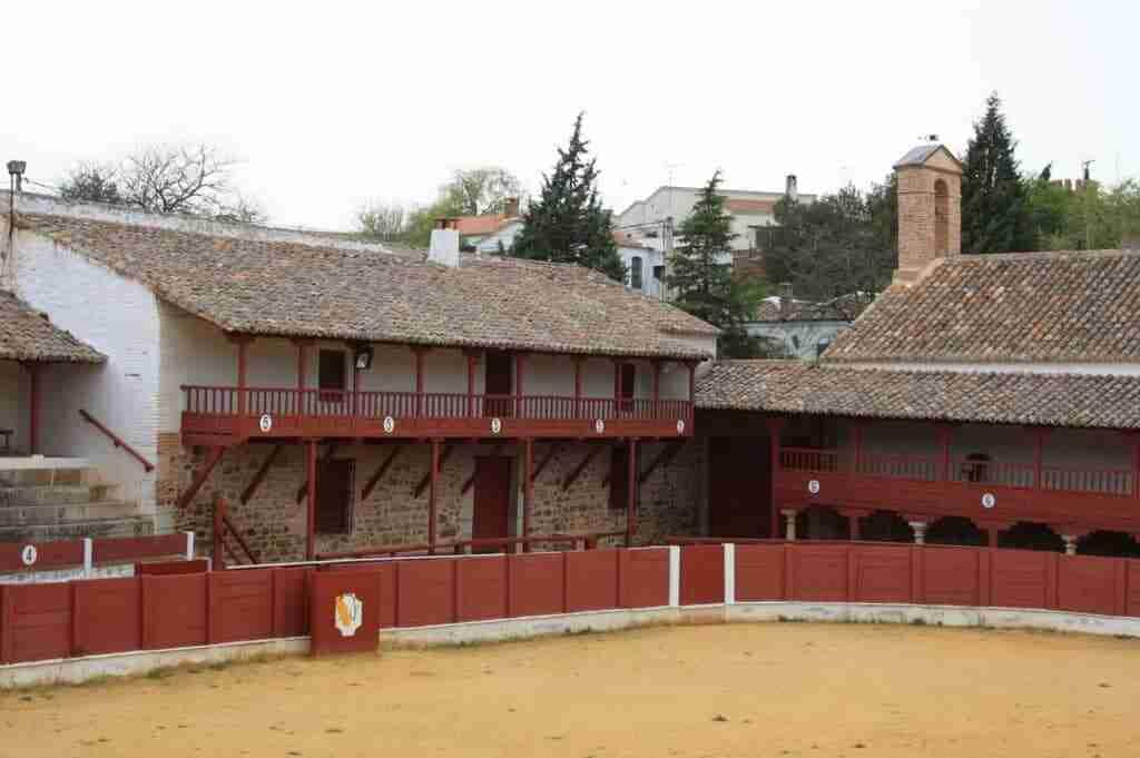 El Ayuntamiento de Santa Cruz de Mudela y una inversión de 30.000 euros para que el Santuario de Las Virtudes tenga bar-restaurante 1