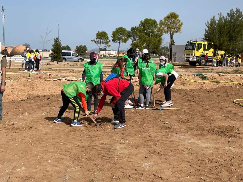 Los alumnos del colegio de Carrión de Calatrava aprenden sobre respeto y cuidado al medio ambiente gracias al Ayuntamiento y la JCCM 3