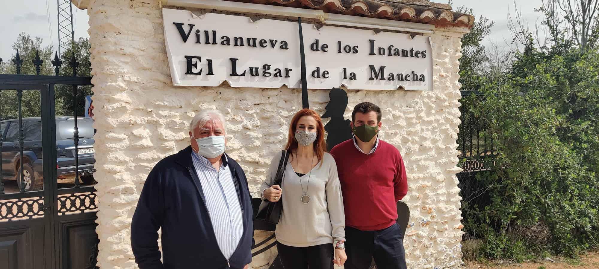 Ricardo Chamorro, diputado de VOX, visita la comarca de Montiel 6