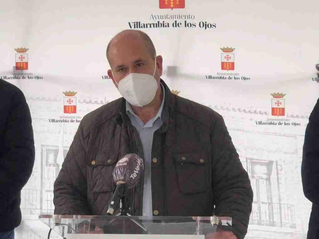 """Varios desempleados empiezan hoy a trabajar en el """"Villarrubia Emprende"""", iniciativa del Ayuntamiento para mayores de 52 años 1"""