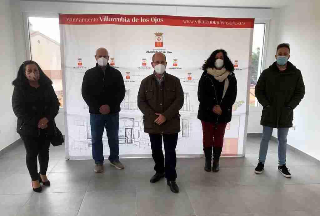 """Varios desempleados empiezan hoy a trabajar en el """"Villarrubia Emprende"""", iniciativa del Ayuntamiento para mayores de 52 años 2"""