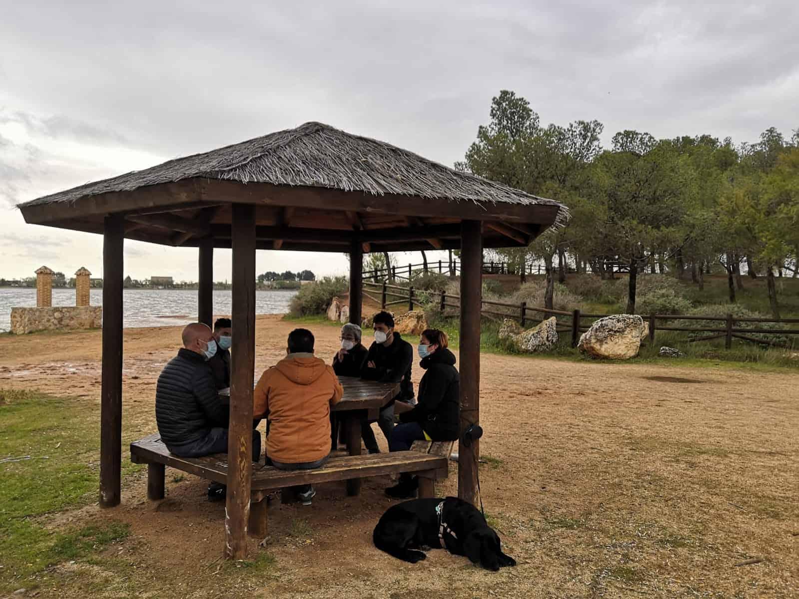 Lagunas Vivas consigue el compromiso de Izquierda Unida para trasladar sus reivindicaciones a la Eurocámara 3