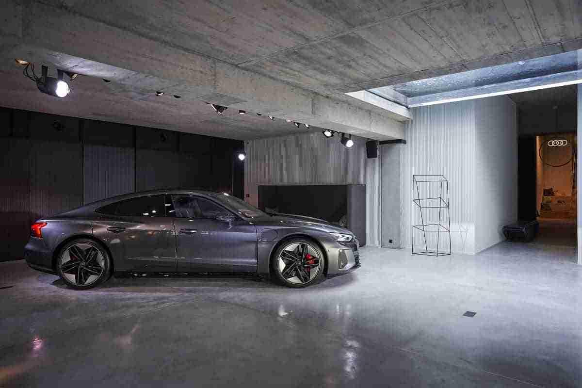 Villa Mayfair e-tron GT The Exhibition 10 1