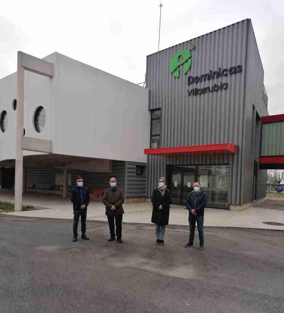 El equipo de Gobierno Municipal de Villarrubia de los Ojos visitó las nuevas instalaciones del Centro Educativo Dominicas 1
