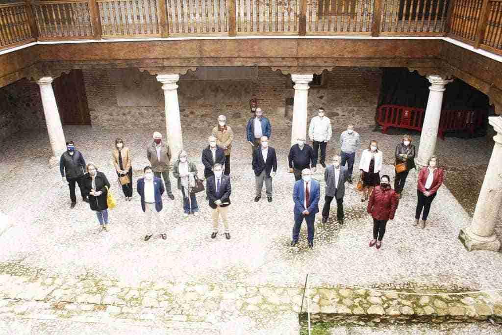 I Lectura del Quijote en el Palacio de Clavería, acto central de la celebración del Día del Libro en Aldea del Rey, que también conmemoró a San Jorge 5