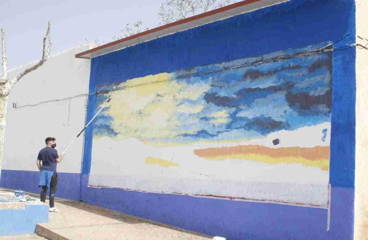 mural de carlos alanon en aldea del rey