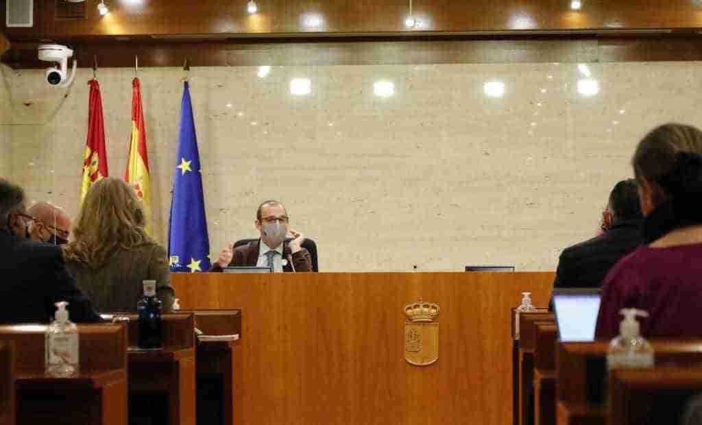 El Pleno debatirá sobre transporte interurbano, sector agroalimentario, deportes y festejos 1