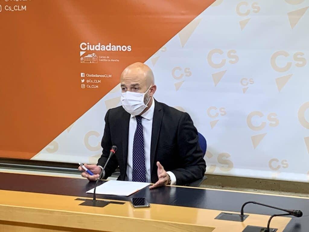 Ciudadanos denunció una nueva promesa incumplida de García-Page: Miles de mayores de 80 años siguen sin vacunarse 1