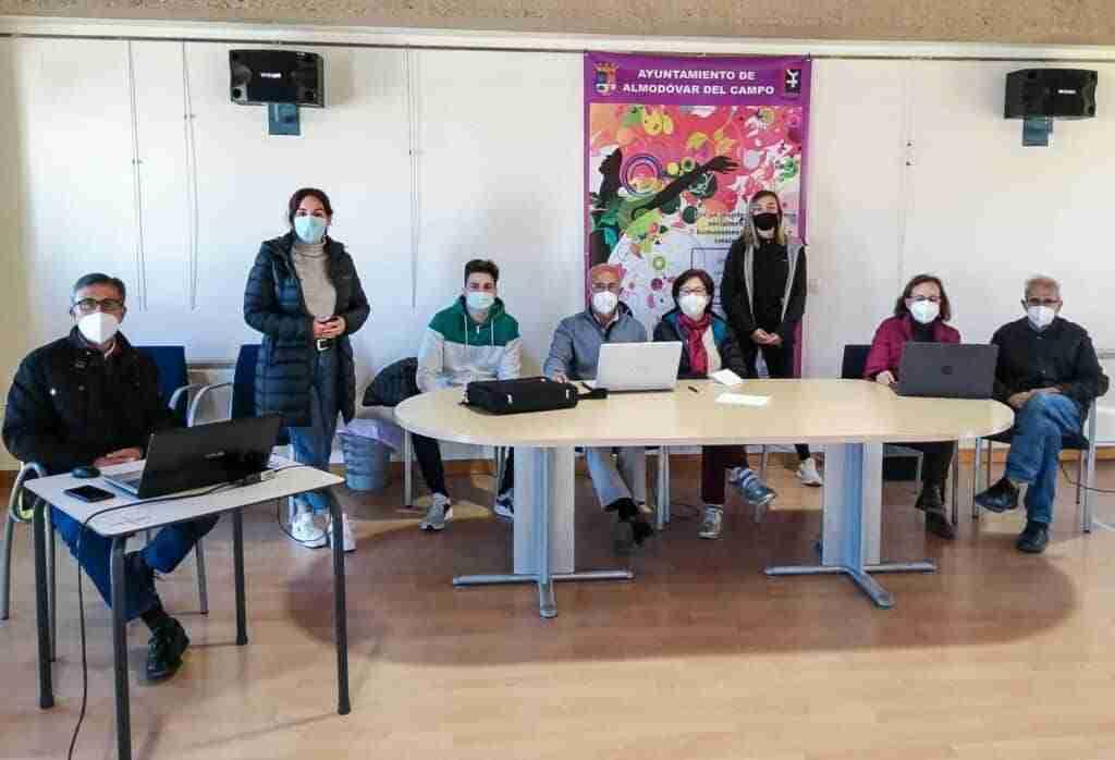 El Ayuntamiento lleva a pedanías los exitosos talleres para obtención y uso del certificado digital 1