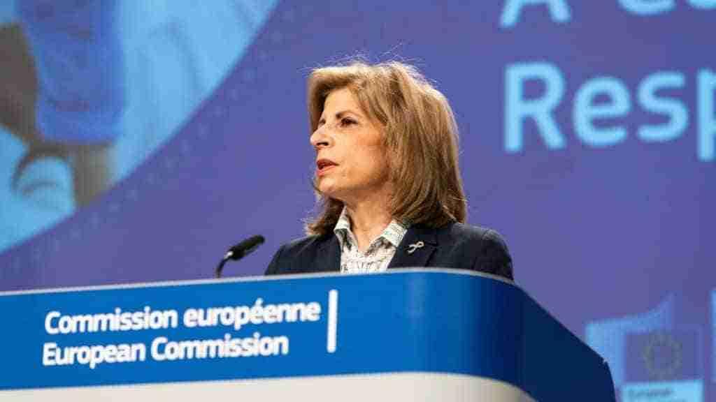 COVID-19: La Comisión propone una estrategia de la UE para el respaldo a desarrollo y disponibilidad de opciones terapéuticas 1