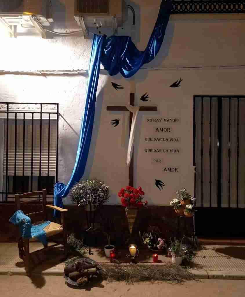 Resurgieron fuertemente las Cruces de Mayo en Carrizosa con un centenar expuestas en tres días 9