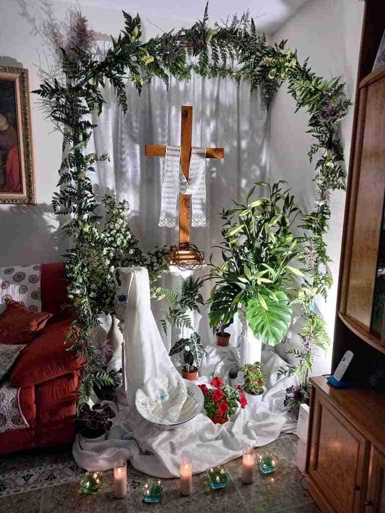 Resurgieron fuertemente las Cruces de Mayo en Carrizosa con un centenar expuestas en tres días 1