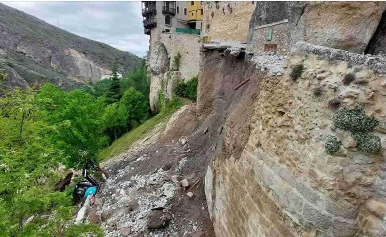 Comisión urgente en Cuenca por el hundimiento de parte de la calle Canónigos 3