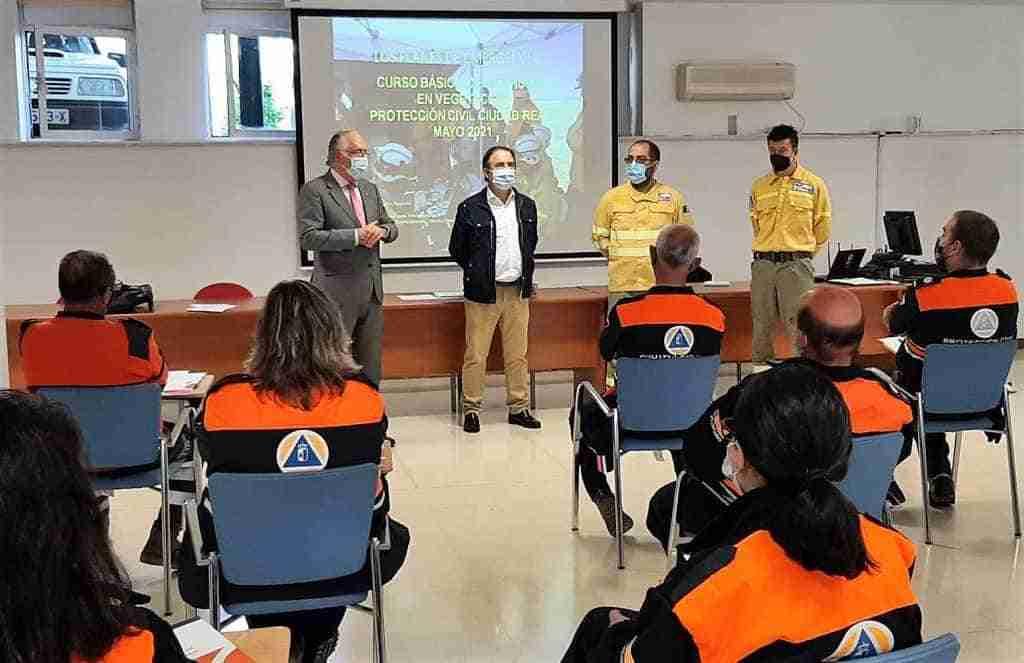 Curso de actuación ante incendios en vegetación impartido por el Gobierno de Castilla-La Mancha a voluntarios de Protección Civil 1
