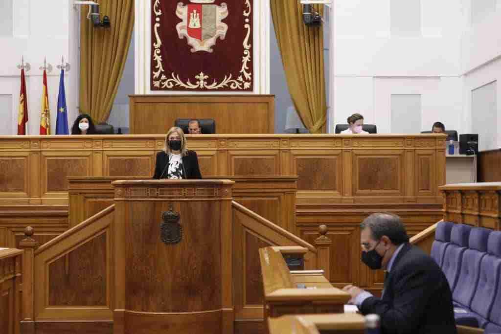 Parlamento autonómico anima a los gobiernos central y autonómico a apoyar a pymes y autónomos por la crisis de COVID-19 2