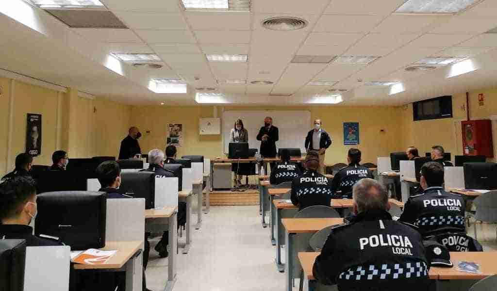 El Gobierno regional forma junto a la Dirección General de Tráfico a 20 policías locales para utilizar radares de velocidad 1