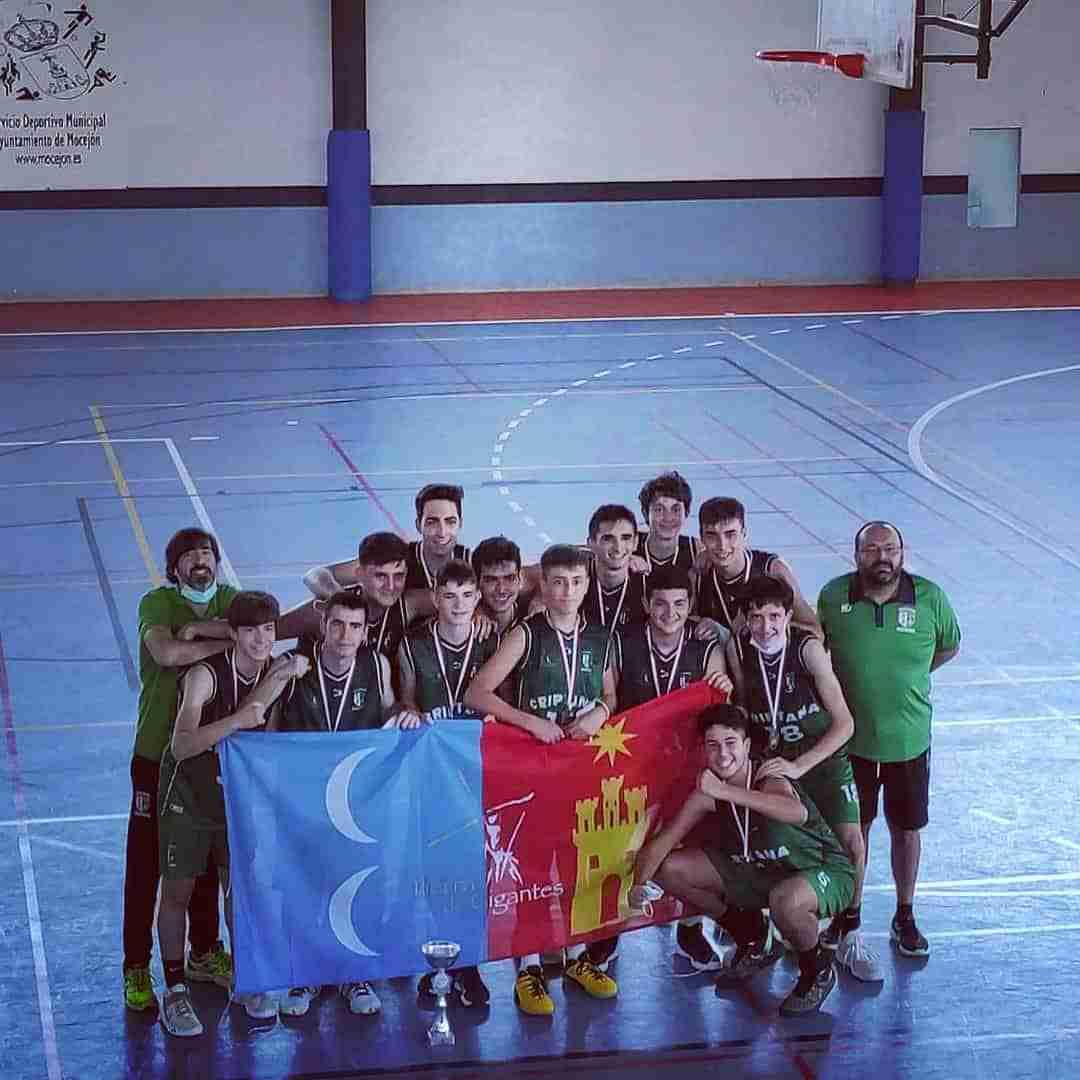 Los equipos cadetes masculino y femenino de Campo de Criptana se proclaman campeones de baloncesto de Castilla La Mancha 8