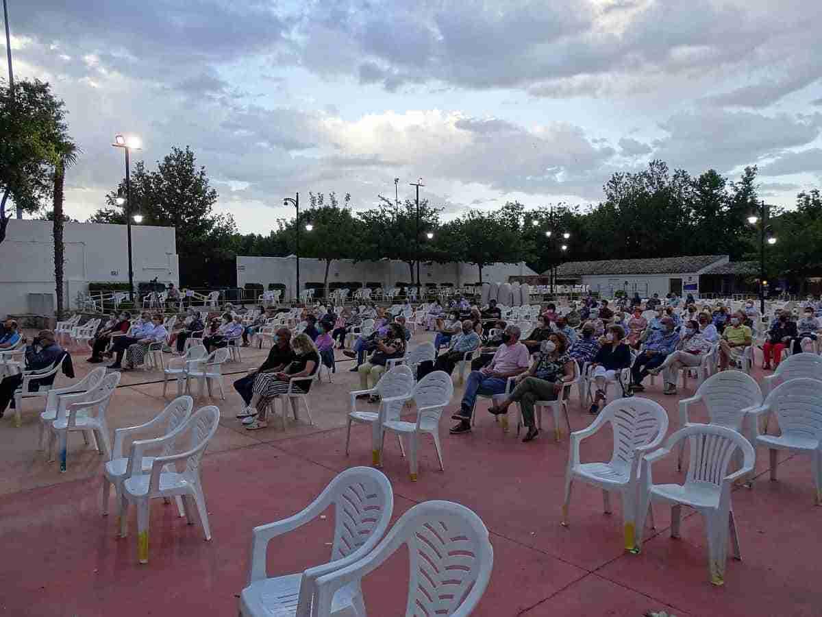 La Camerata Cervantina puso música al Día de Castilla –La Mancha en Quintanar 3