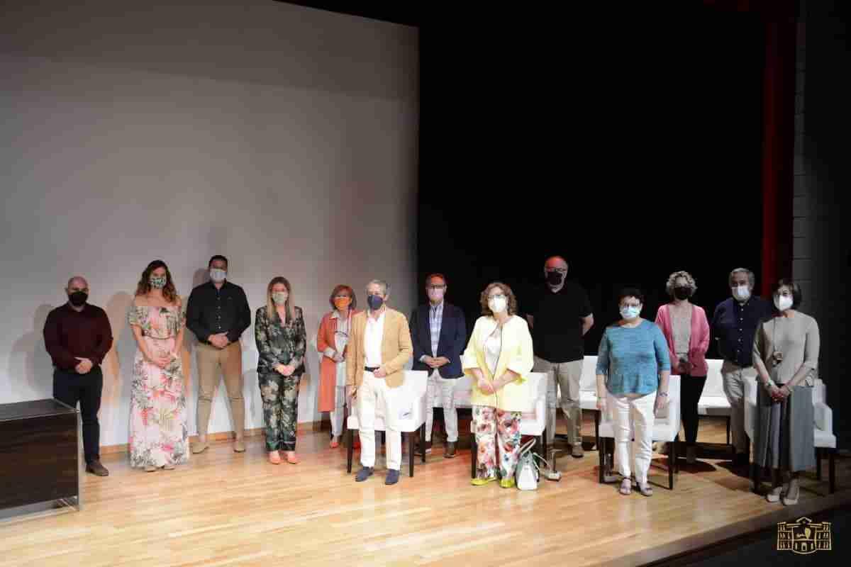 docentes primaria secundaria tomelloso homenaje jubilacion