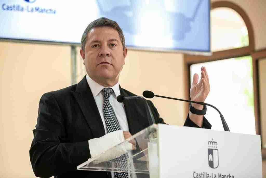 """El presidente regional anunció obras del nuevo hospital """"Santa Bárbara"""" de Puertollano a licitarse el próximo mes 1"""