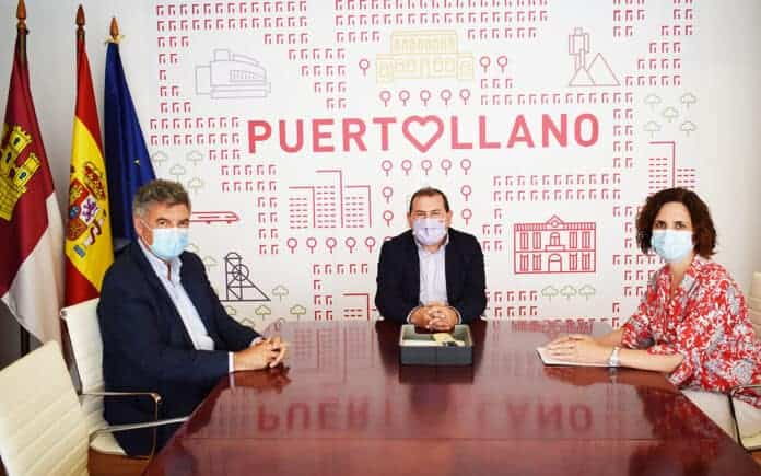 alcalde puertollano reunion directora complejo repsol