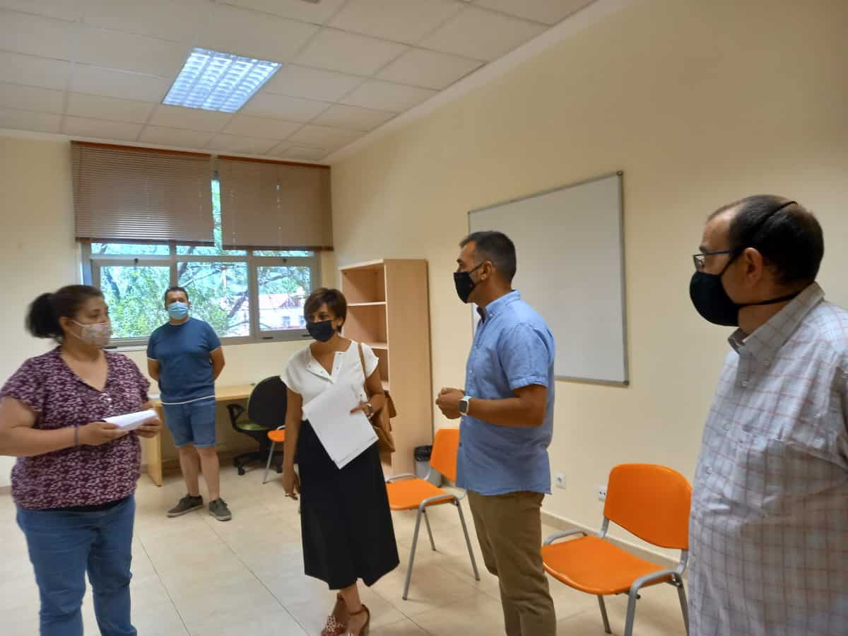 alcaldesa de puertollano en inicio talleres hosteleria y soldadura