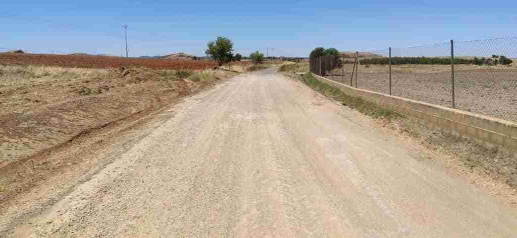 El Ayuntamiento de Santa Cruz de Mudela arregla cinco caminos rurales con la Diputación Provincial 2
