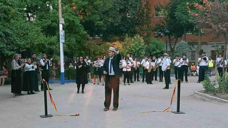 Herencia realizó una visita teatralizada de la inauguración de su Parque Municipal 18