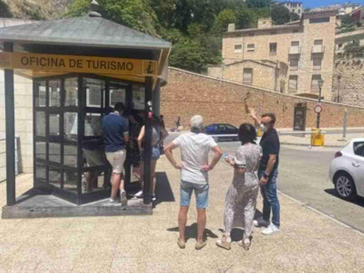 reabierta la oficina municipal de turismo de cuenca