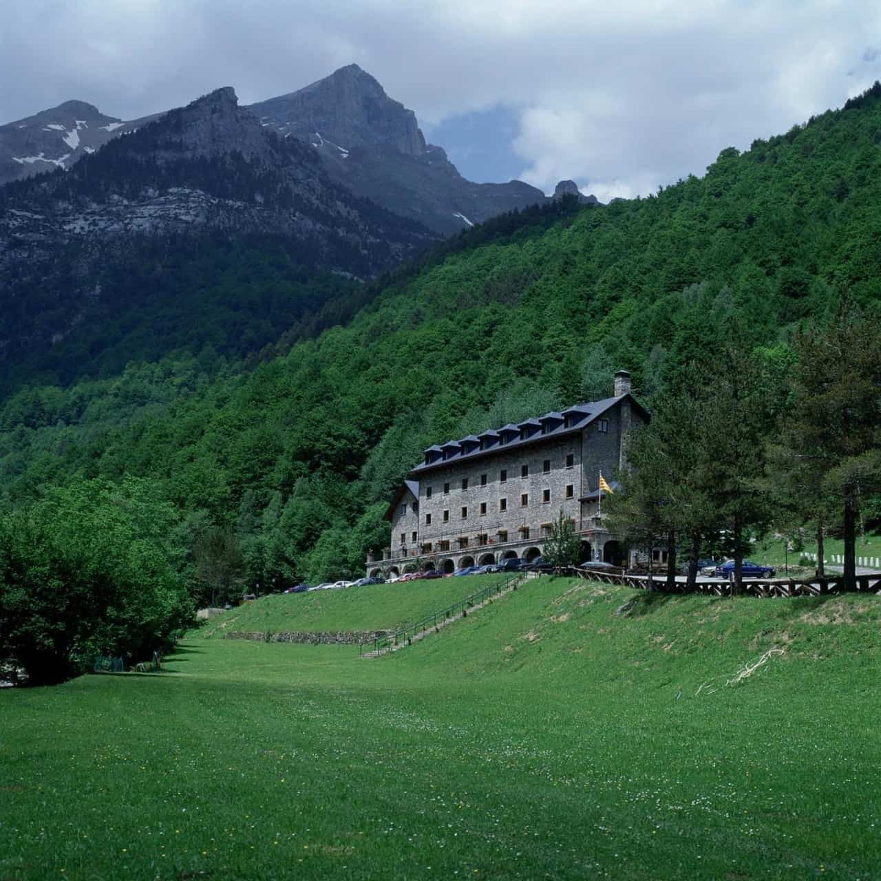 Descubre los hoteles de montaña con más encanto 16