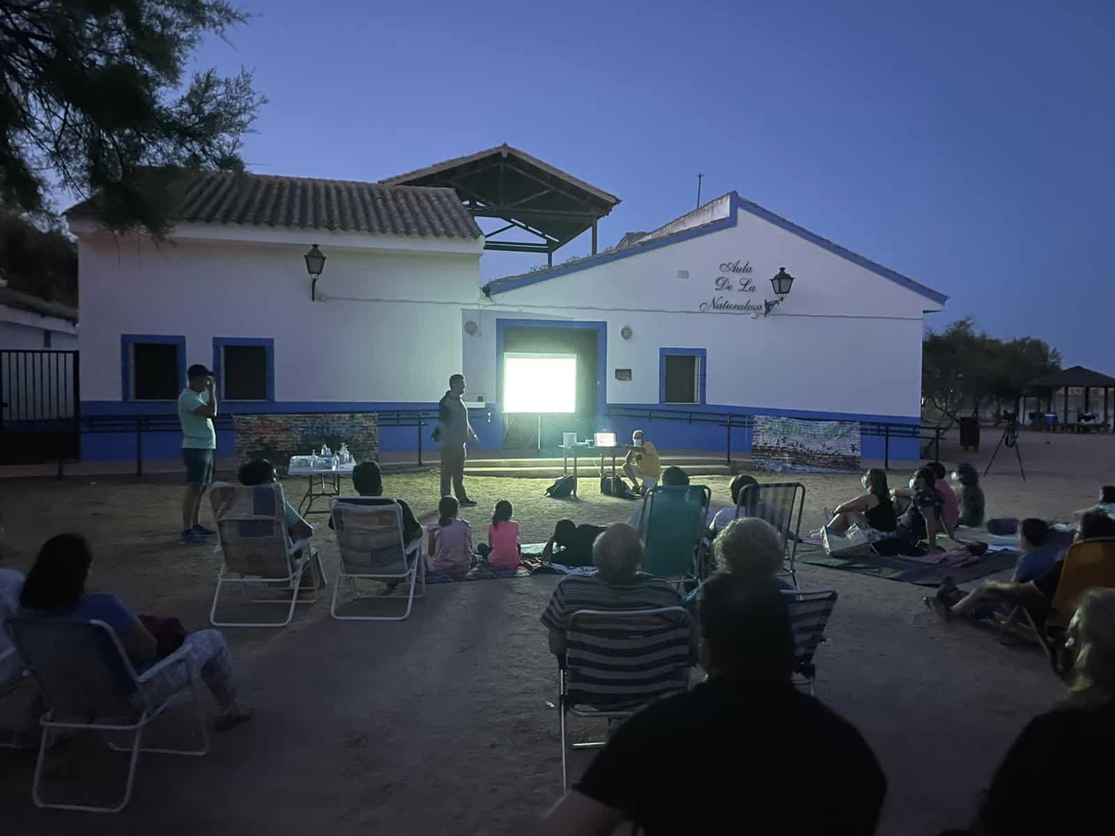 Vuelve el Escribano palustre a las Lagunas de Villafranca, una prueba más de la necesidad de conservar este ecosistema 21