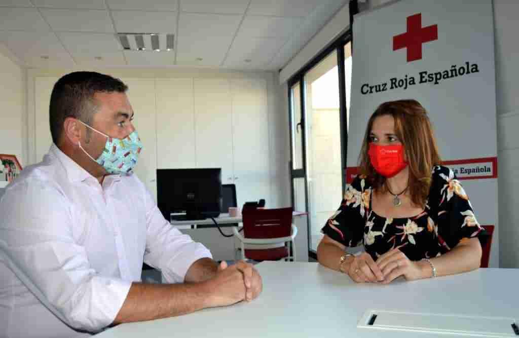 Donación a Cruz Roja de la obra social de cooperativa El Progreso 5
